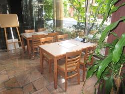 ミールズ新大阪の食堂
